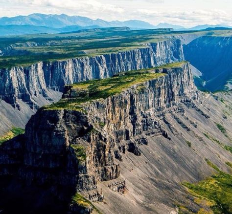 Best picnic spots in every Canadian Province. Nahanni National Park, Northwest Territories